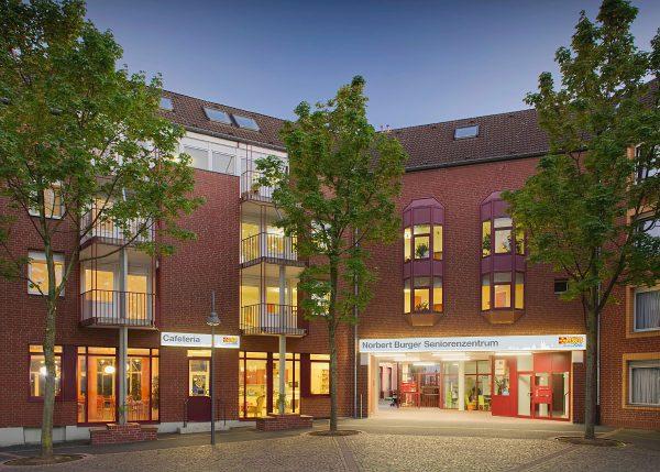 Außenansicht Pflegezentrum Köln-Mülheim