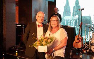 Mitarbeiterfeier 2019 im Alten Wartesaal - Auszeichung Michaela Hartmann